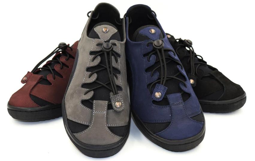 barista shoes colors